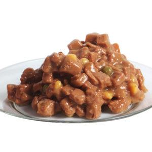 влажный корм на тарелке